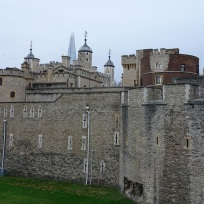 Der Tower, im Hintergrund das Shard Building.