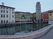 Das älteste Gebäude der Stadt is der Torre Apponale. Dieser Turm stammt aus dem 13. Jahrhundert und ist ein bisschen schief. Aber nur ein bisschen. ;-)