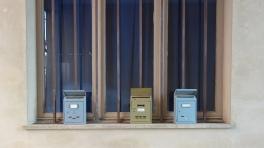 Piemont-2019 (143) Monforte Alba Briefkasten