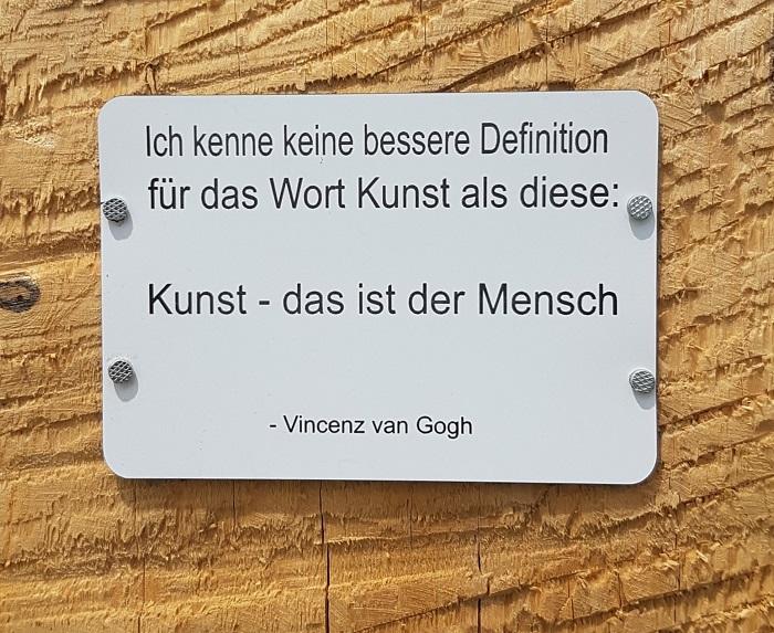 Ich kenne keine bessere Definition für das Wort Kunst als diese:  Kunst - das ist der Mensch (Vincent van Gogh)